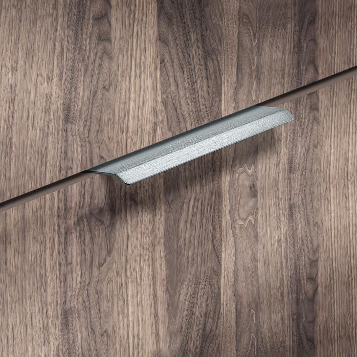 Image of   Enkel kantgreb i grå børstet aluminium